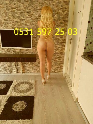 evinde-gorusen-oral-sever-yudum-1456451 (1)
