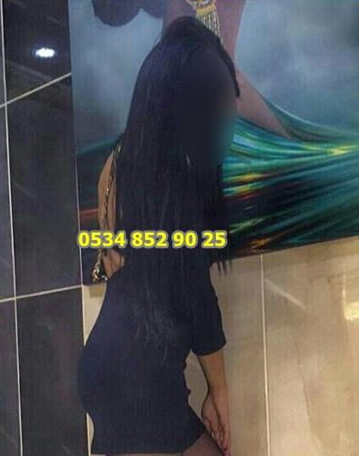 seksi-azeri-gunel-2354671 (1)