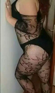 yesil-gozlu-sisli-escort-fatma-2435671-180x300
